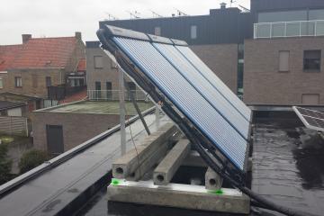 Johan Goens Veurne installatie zonnecollectoren